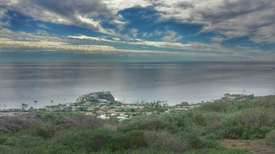 A view of the Pacific Ocean