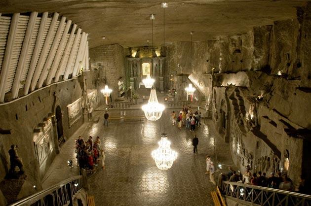 Podzemna-Katedrala-od-Soli1