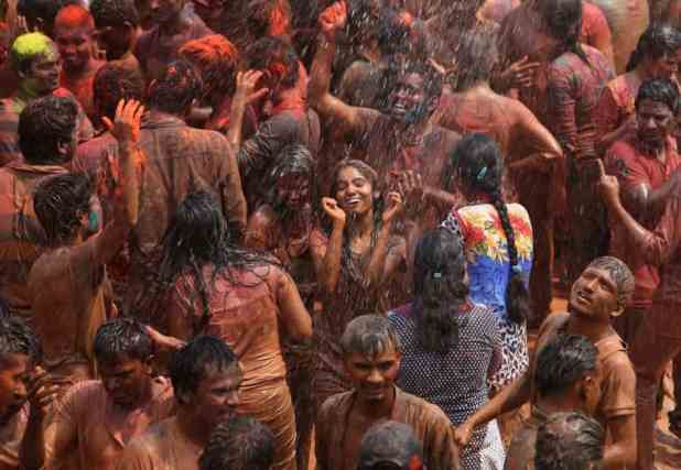 Holi amazing photographs (1)