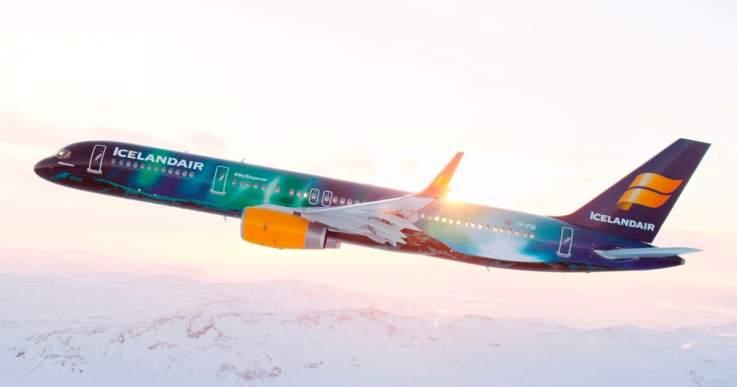 Hekla Aurora, norðurljósavél Icelandair í útsýnisflugi yfir ...