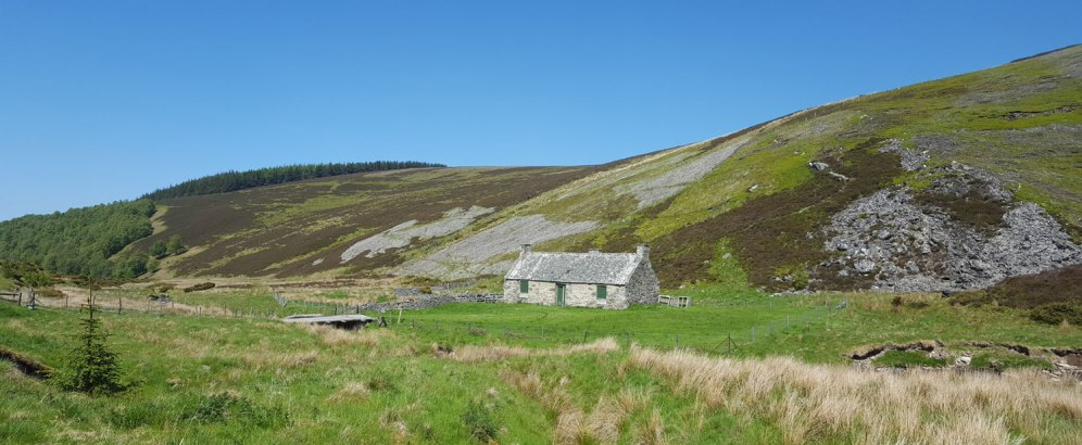 view-of-toplis-bothy-from-road