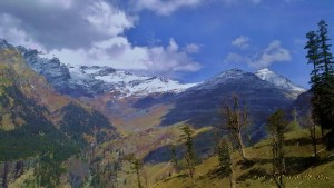 Even during summe, see snow capped peaks in Manali
