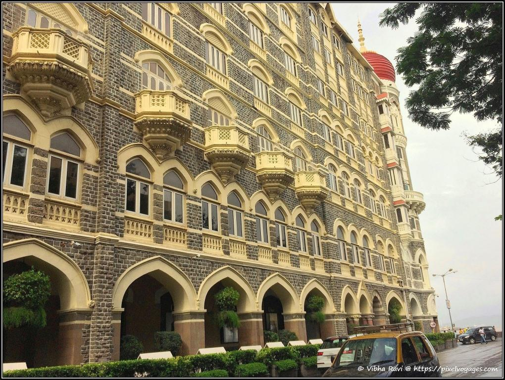 Side view Taj Mahal Hotel
