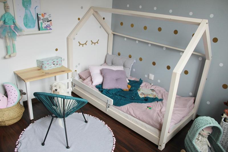 Źródło: http://www.kamperki.com/wiosenny-pokoj-dzieciecy/