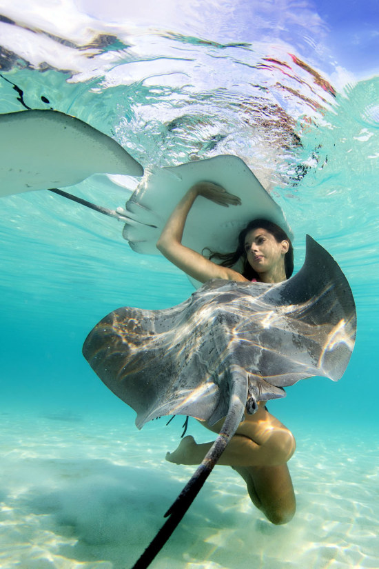 Underwater Photos Show Gorgeous Models Swimming With