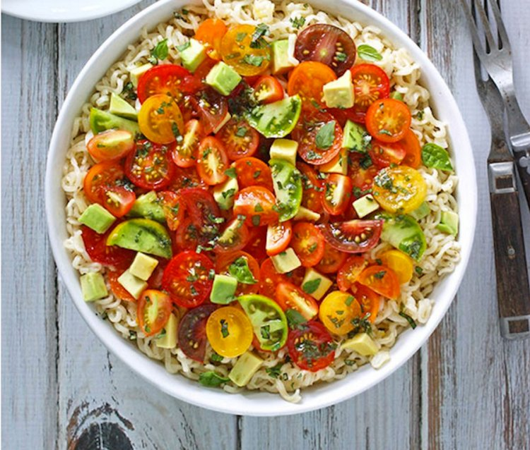 avocado cherry tomato ramen noodle bowl salad