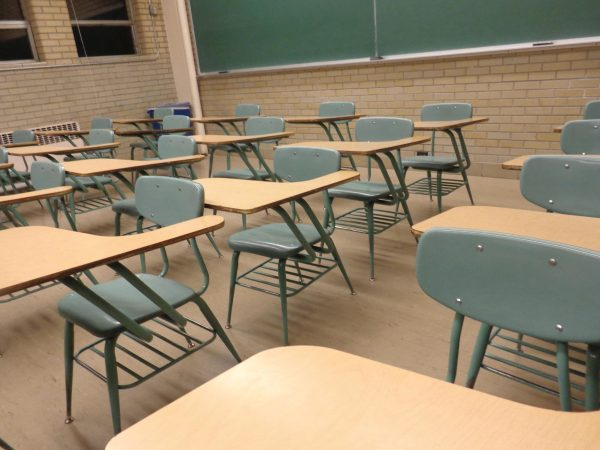 Free Student Desks Classroom Chairs Tables