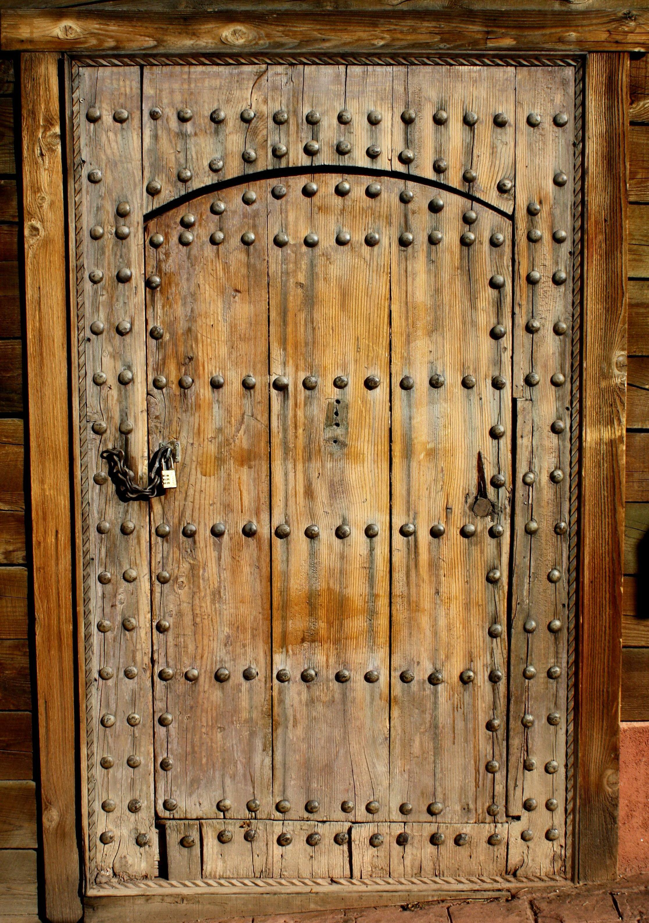 Kostenlose Bild rustikal antik Holztr Metallbolzen
