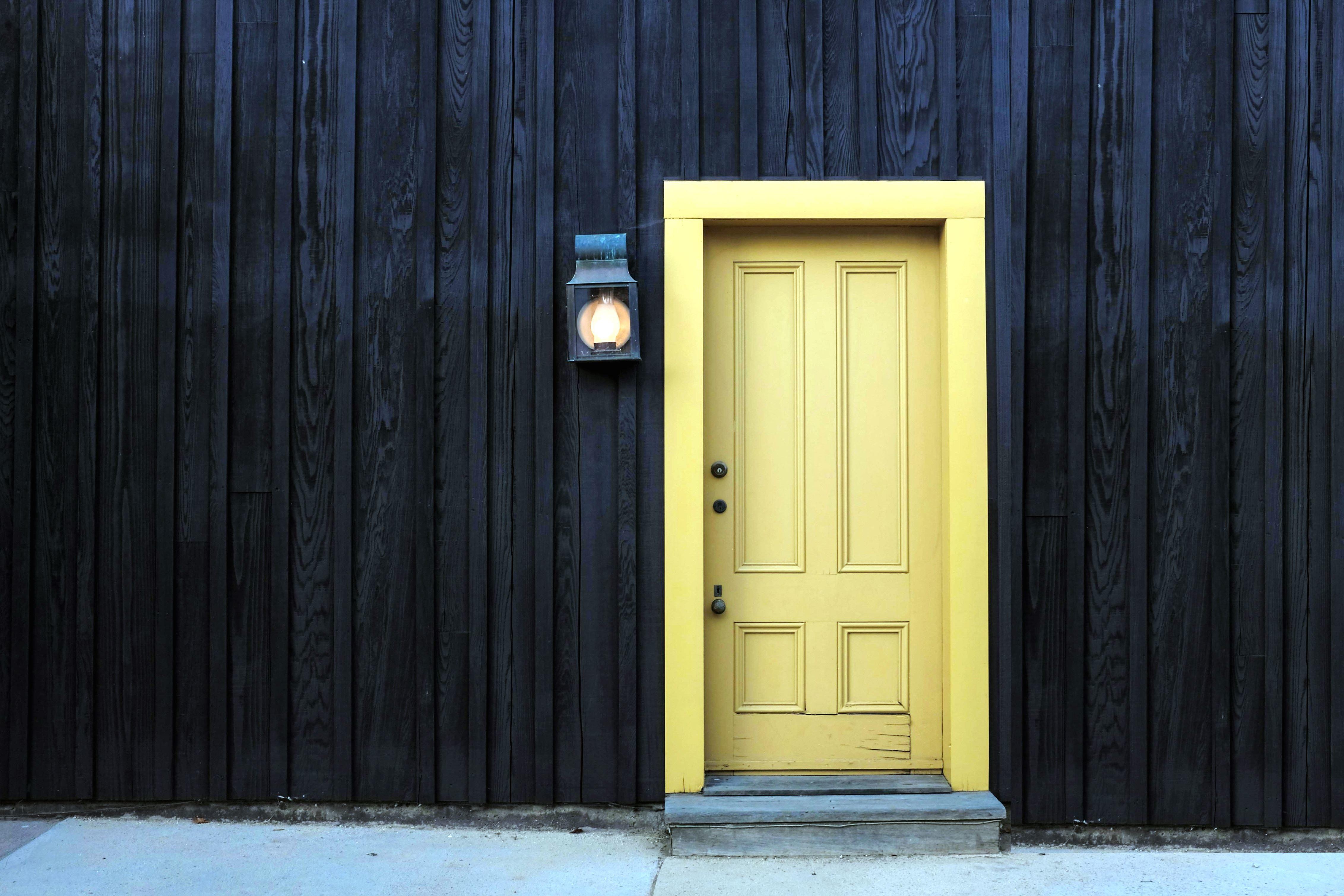 Imagen gratis casa de madera puerta de entrada lmpara