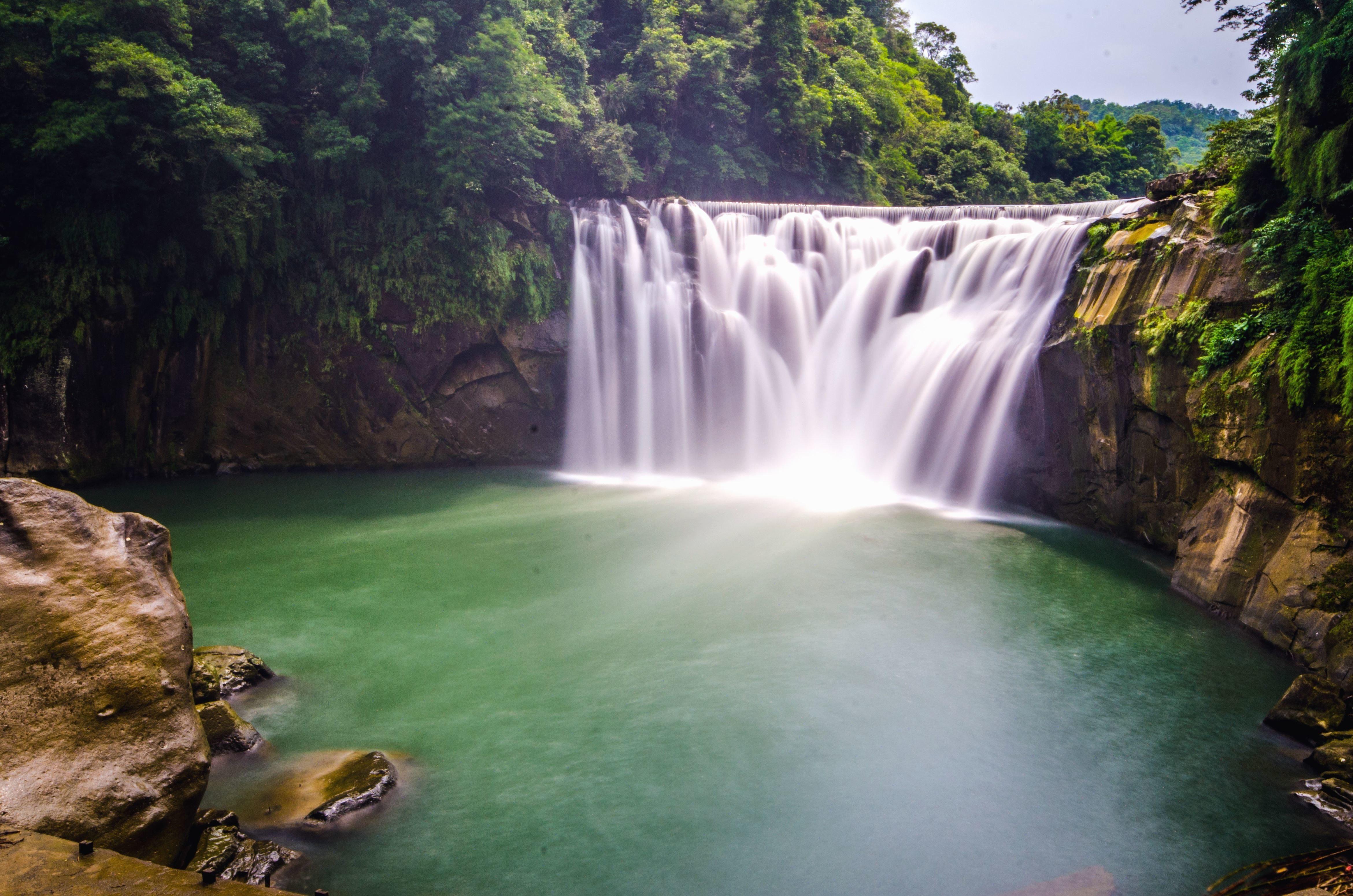 Falls Wallpaper Waterfall Image Libre Falaises Eau Rivi 232 Re Cascade Nature Ciel