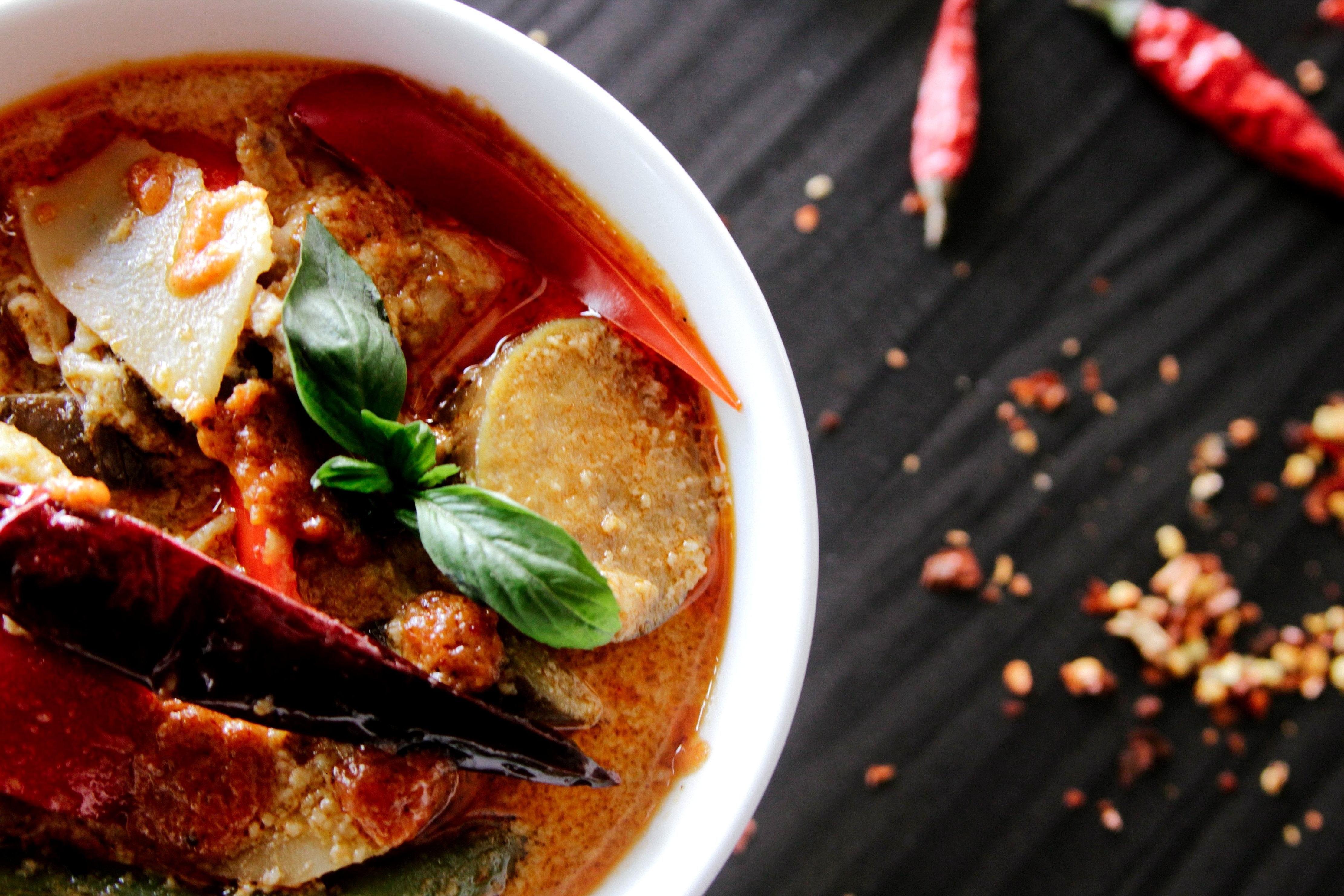 Imagen gratis Sopa plato almuerzo comida plato carne cocina restaurante gourmet vegetales