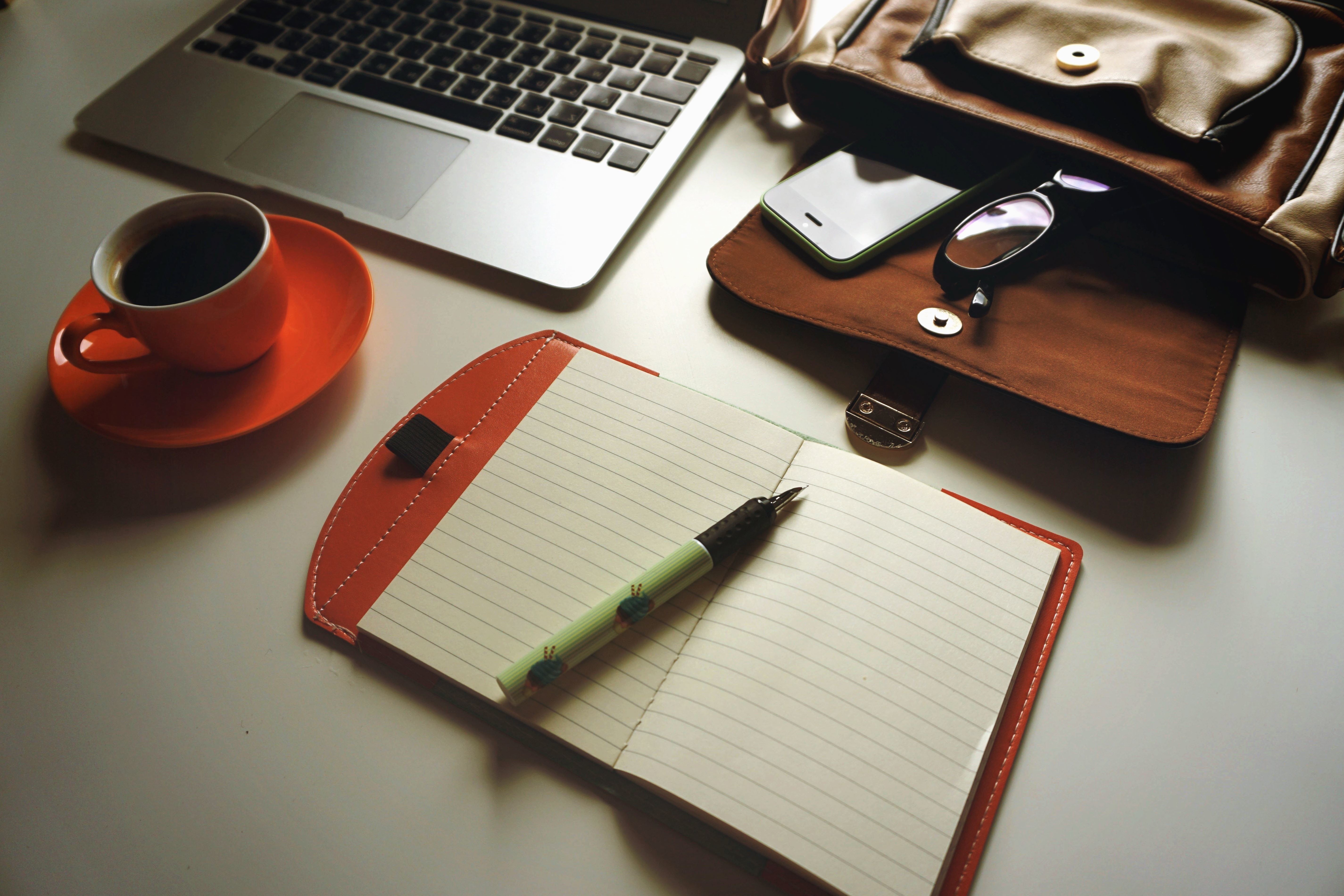 Free picture coffee laptop pencil notes eyeglasses