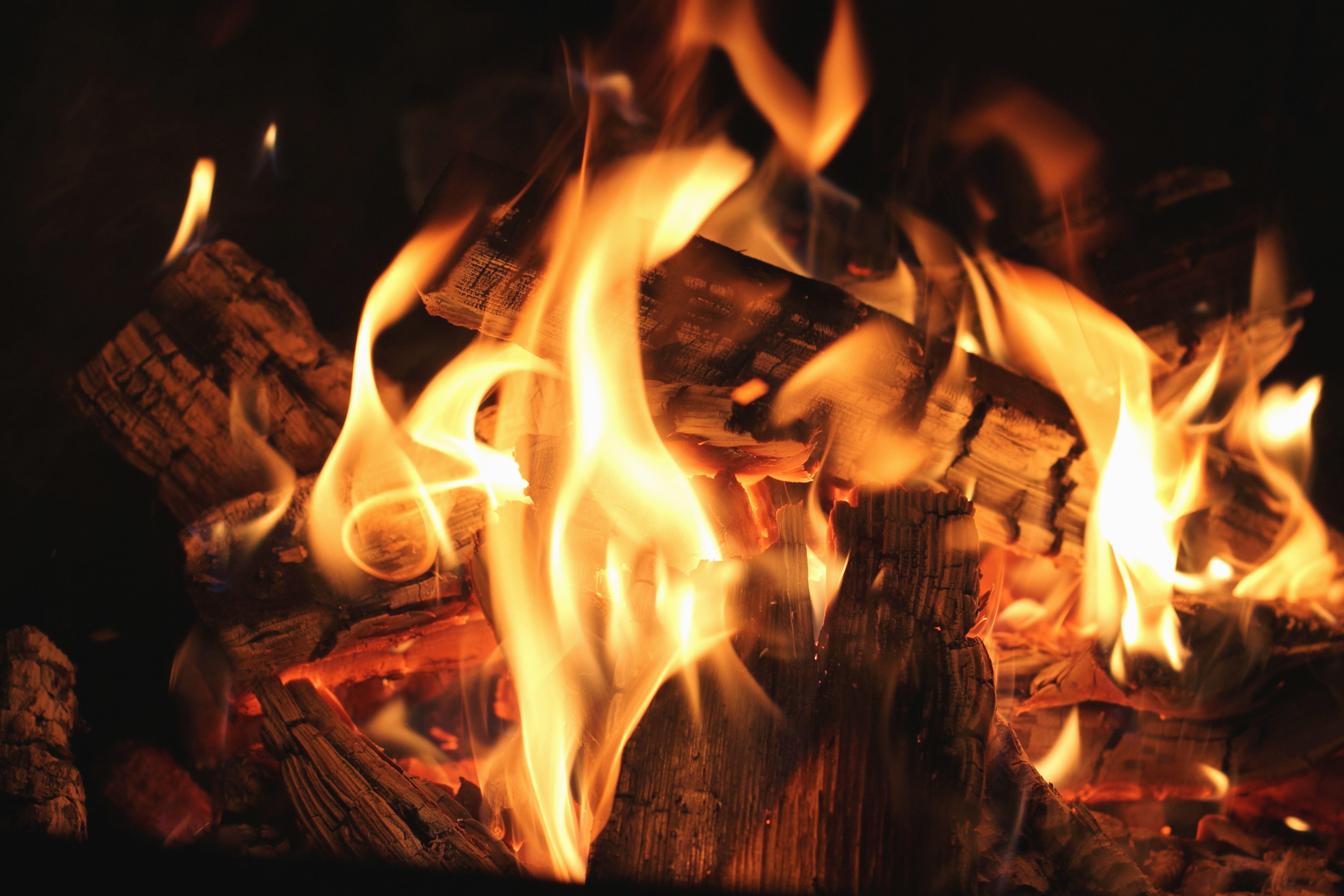 Imagen gratis Fuego calor parrilla humo madera
