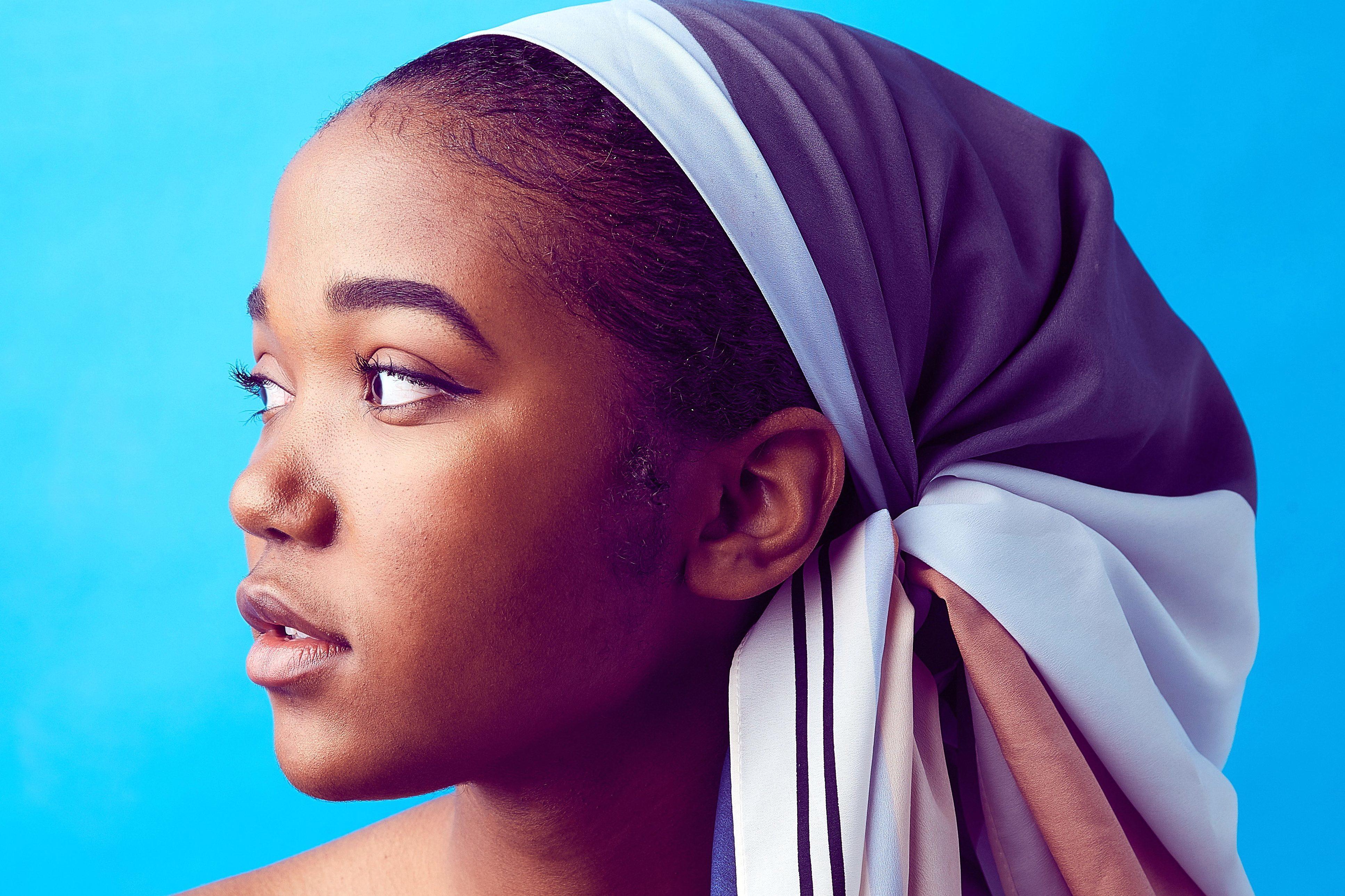 Foto gratis Donna moda ritratto volto velo bella ragazza