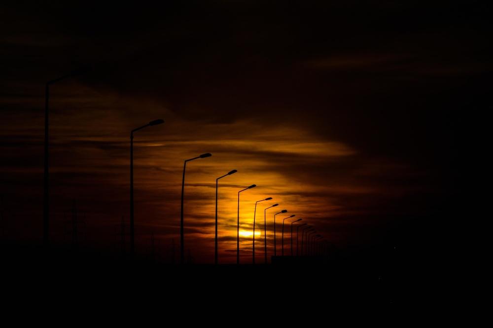 Imagen gratis Puesta del sol silueta luz anochecer