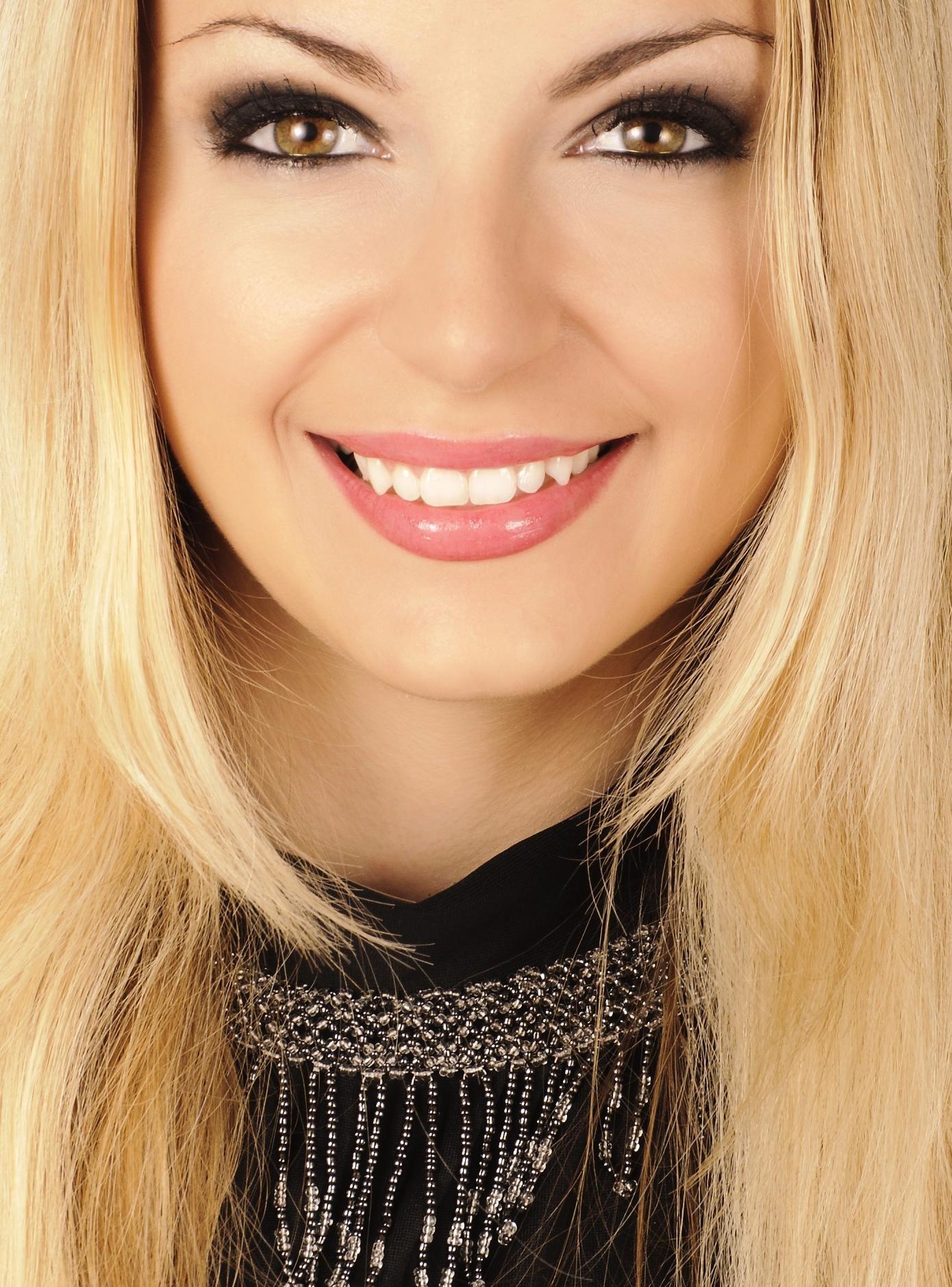 Free picture: woman, fashion, glamour, pretty, eye, lips, face, portrait, skin