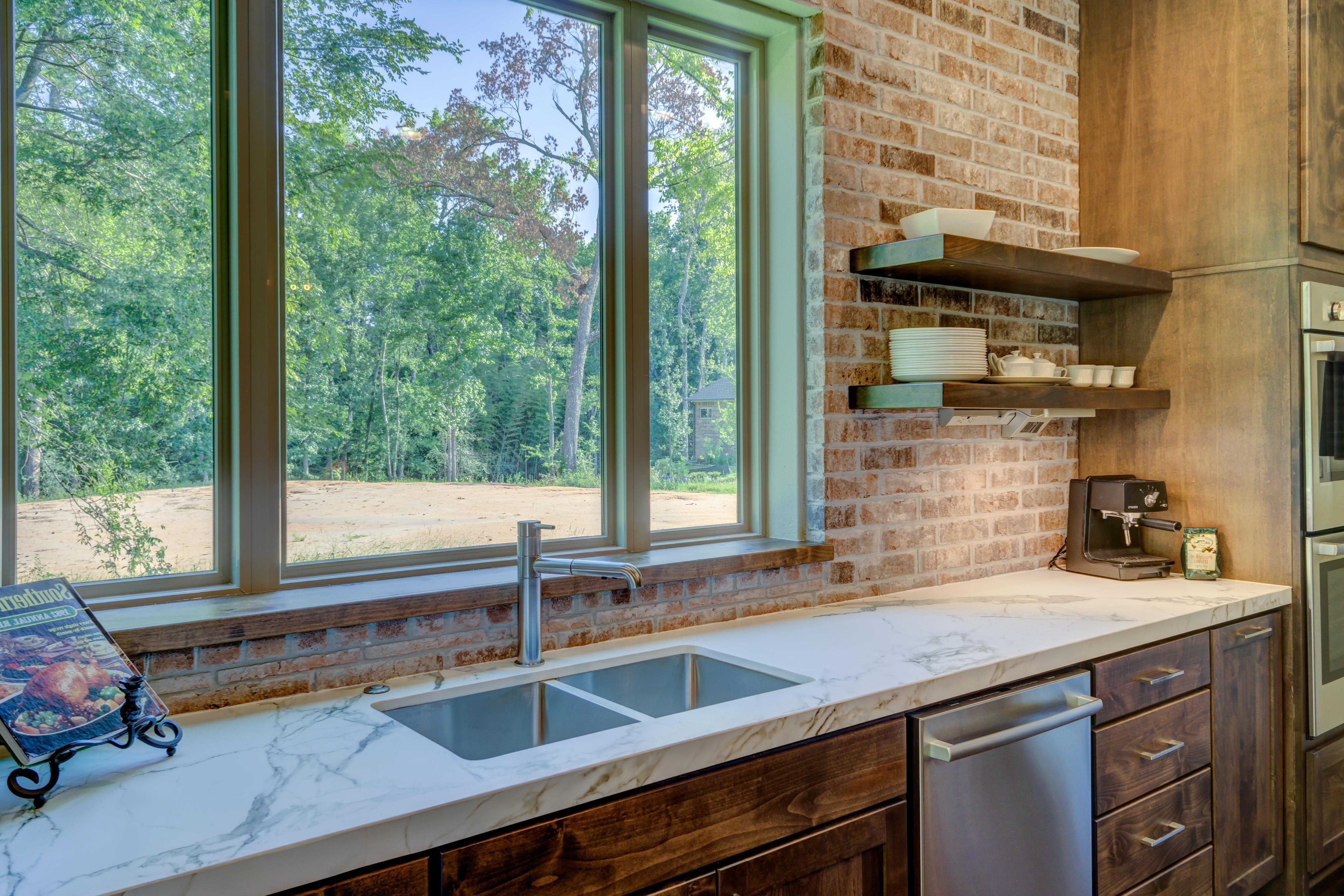 kitchen windows hutch for sale 免费照片 厨房 窗户 房子 房间 室内 家具 家 门
