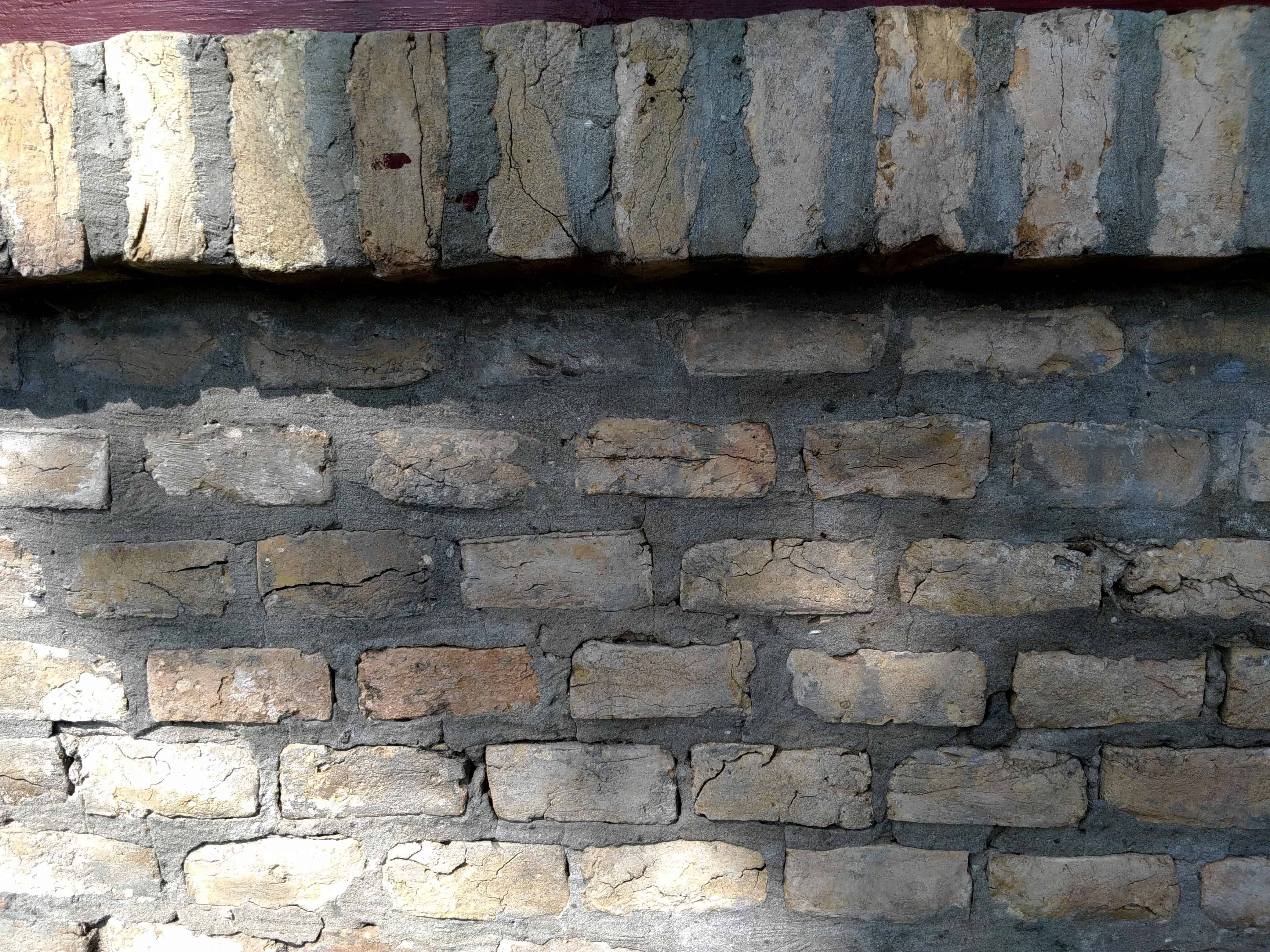 free picture wall construction