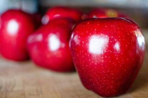 おいしい、食べ物、赤りんご、果物、ダイエット、ビタミン、赤、甘い