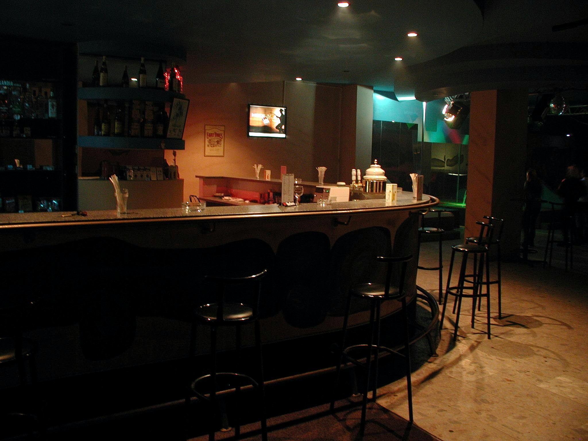 table bar cuisine design