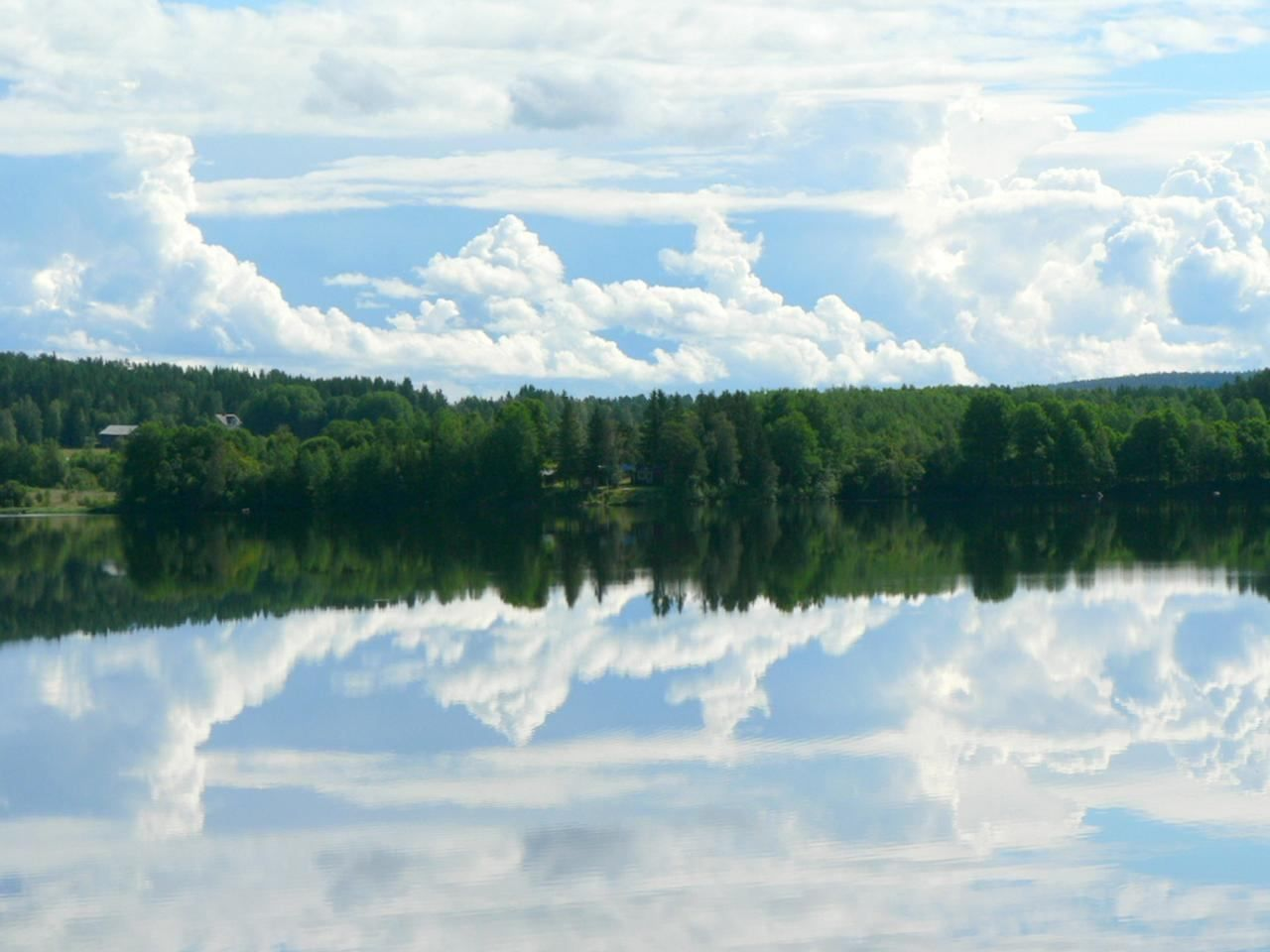 Free Fall Wallpaper Pics Free Picture Forest Sky Mirror Lake