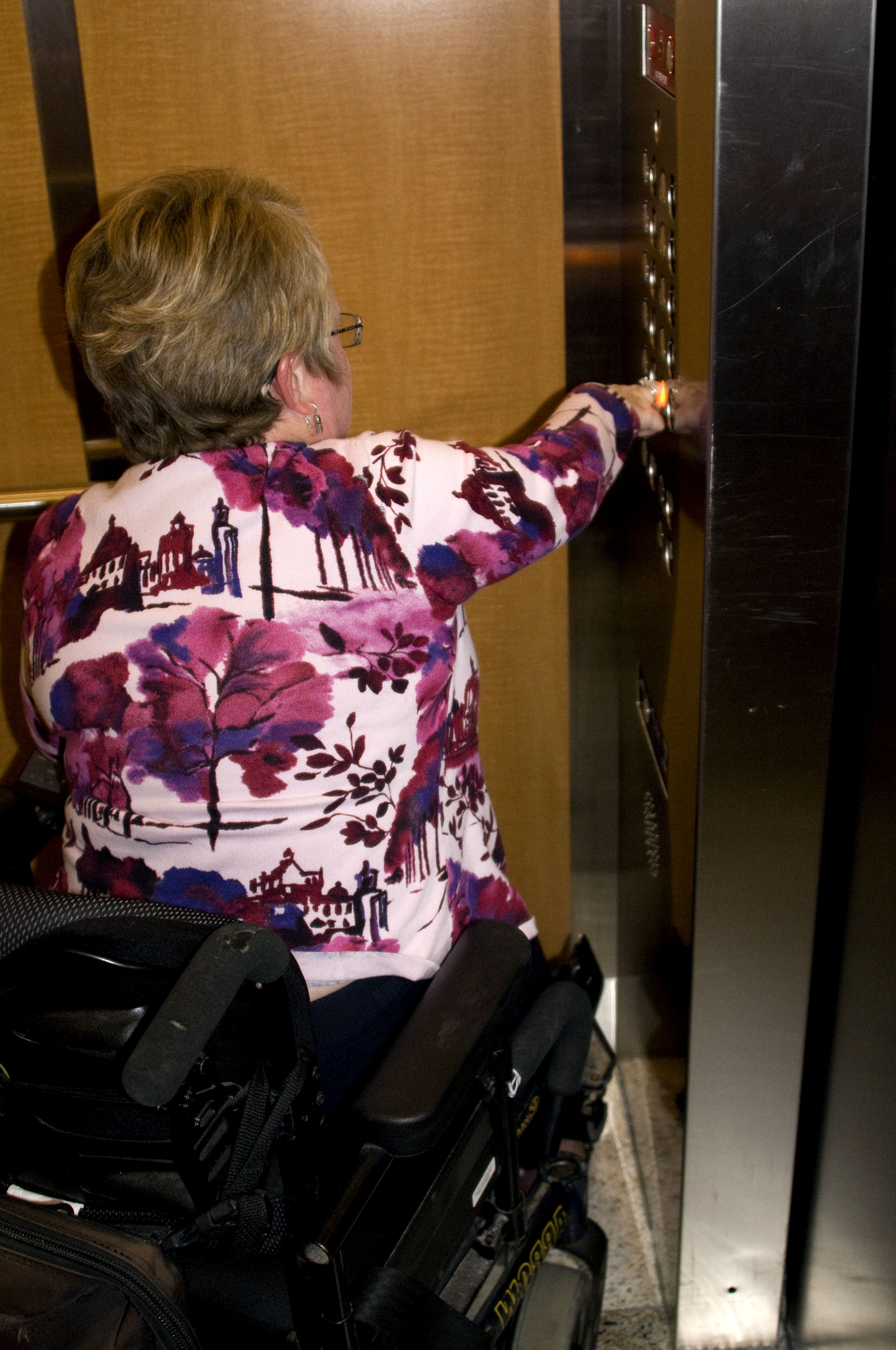 Free picture woman wheelchair accessible building