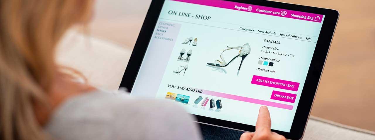 PixoLabo - Common E-Commerce Design Mistakes - No Detailed Product Information