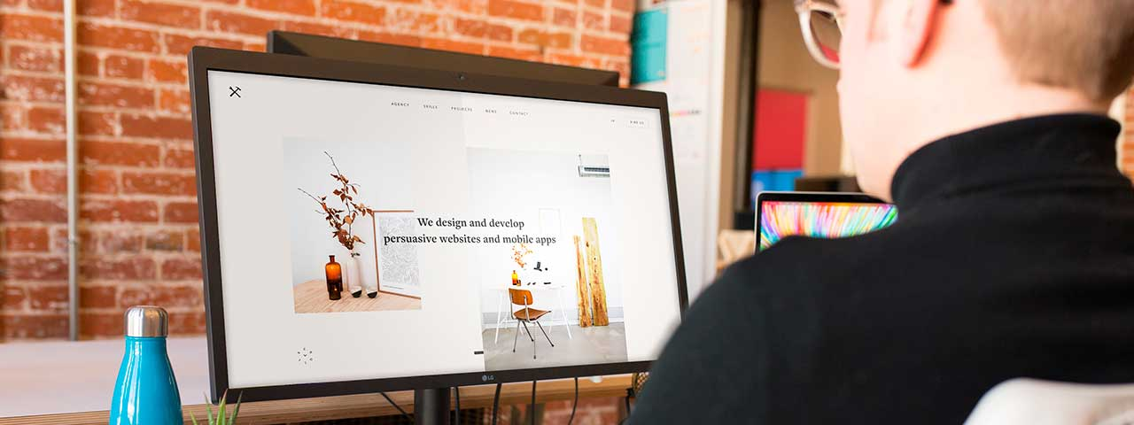 PixoLabo - Key Benefits of Hiring a Professional Web Designer