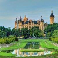 Das Schweriner Märchenschloss (3 Bilder)
