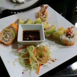 Sushi from Tacos Kissi