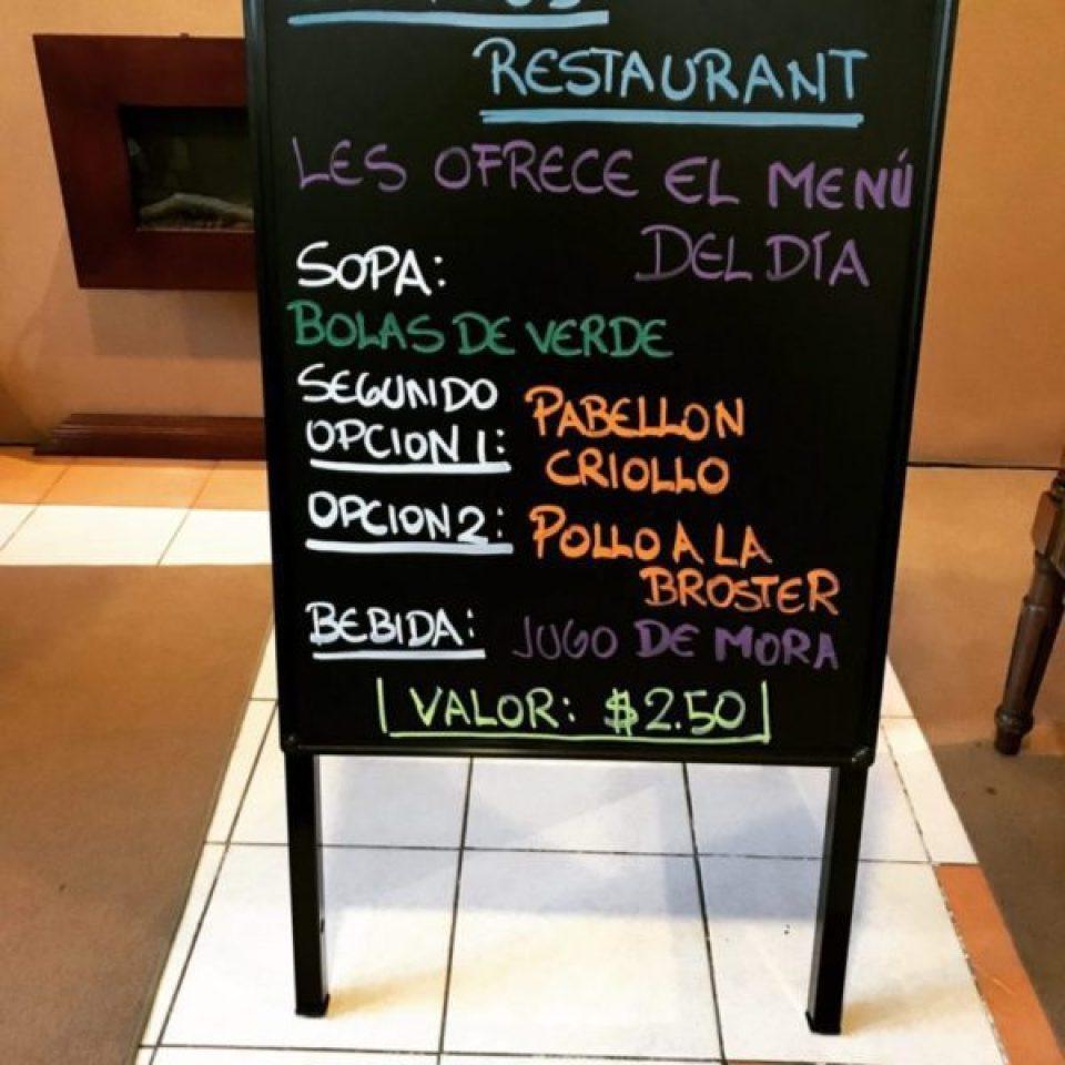 Pizarra led en Quito
