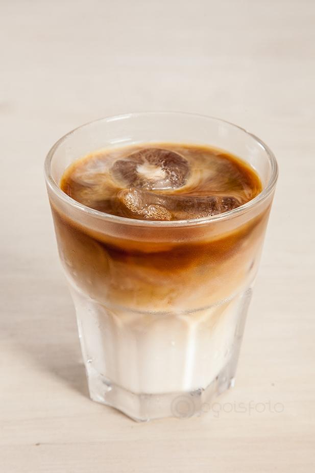 Cafe Peruano en la barra de Harry Neyra