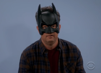 Matthew Perry es Batman y quiere ser Joker