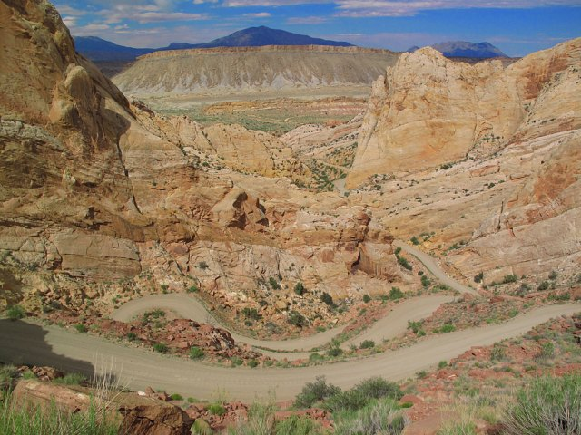 Burr Trail's switchbacks on the Capitol Reef National Park boundary. We got a distant view of the Waterpocket Fold, a 100-mile long bend in the earth's crust.