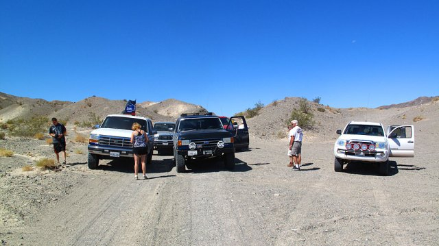 Stopping to regroup after passing thru Afton Canyon.
