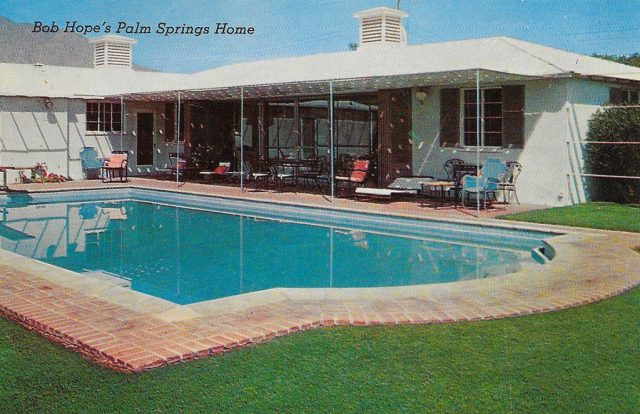 On back: Bob Hope's beautiful Palm Springs, California home and swimming pool.