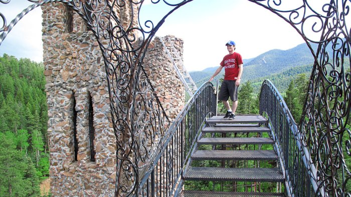 Despite the wobbly walkways, Daniel makes his way toward the main tower. Spoiler alert: he decided he wasn't ready for the ladder, and reversed rudder.