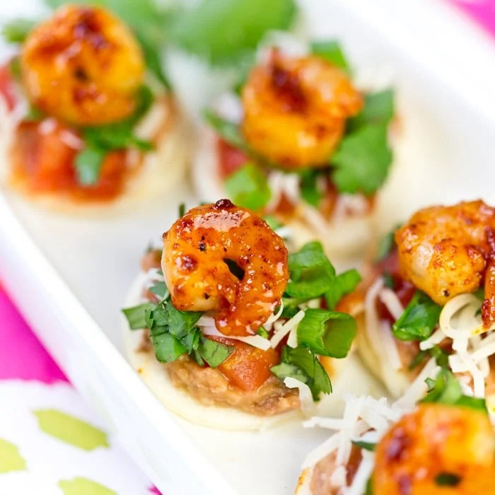 Easy + Delicious Shrimp Tostada Bites, perfect for a party! Pizzazzerie.com