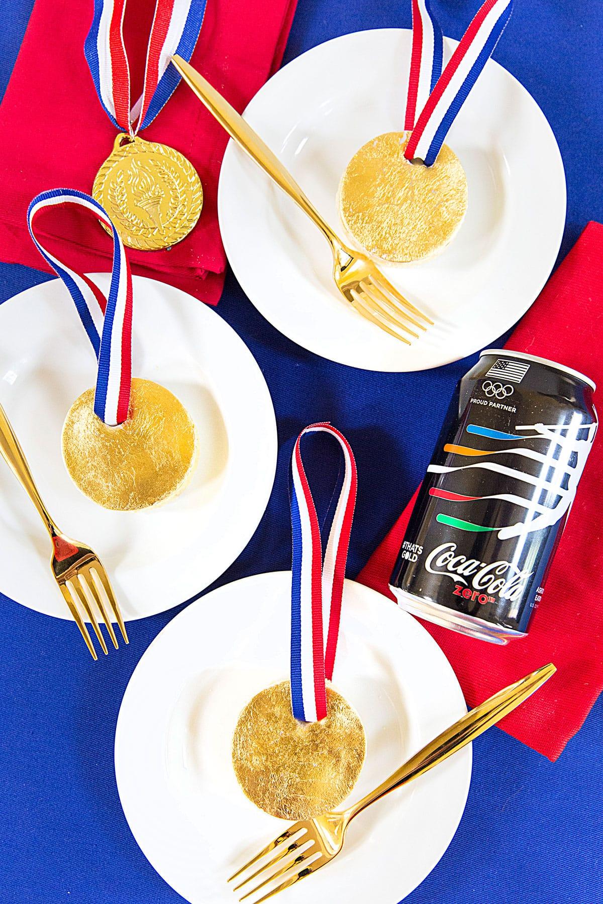 Mini Gold Medal Cakes, Olympics Treat!