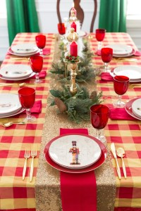Christmas Table Ideas & Nutcracker Tablescape