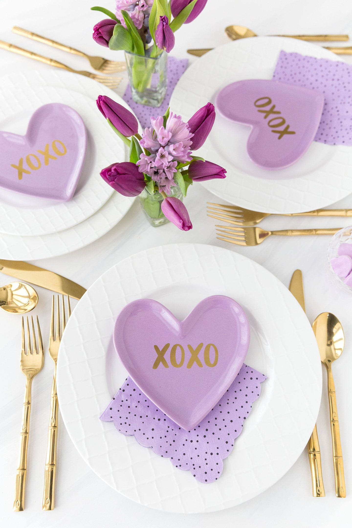 Valentines Day Tablescape 3 Ways Pizzazzerie