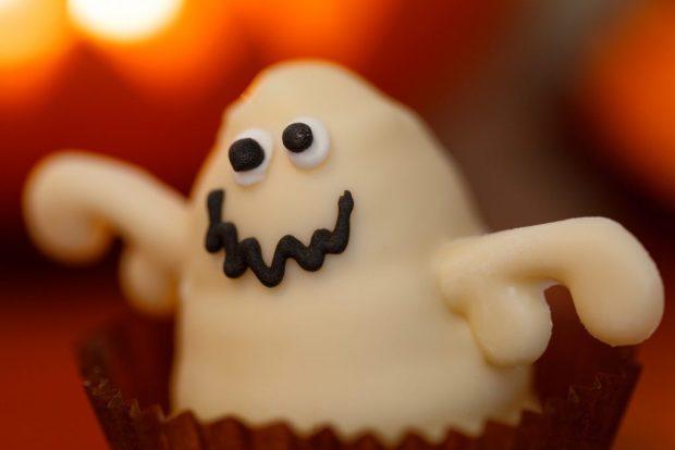 halloween party, halloween food, halloween costumes