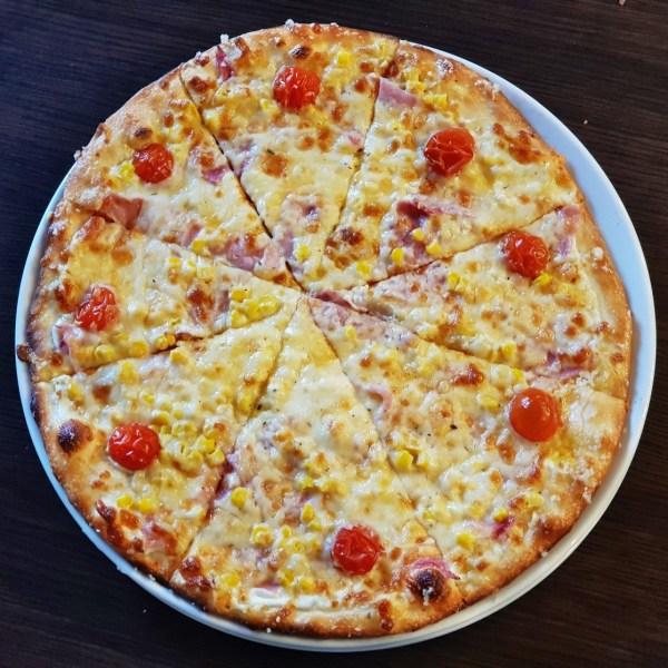 18. Pizza Smotanovo-šunková 580g