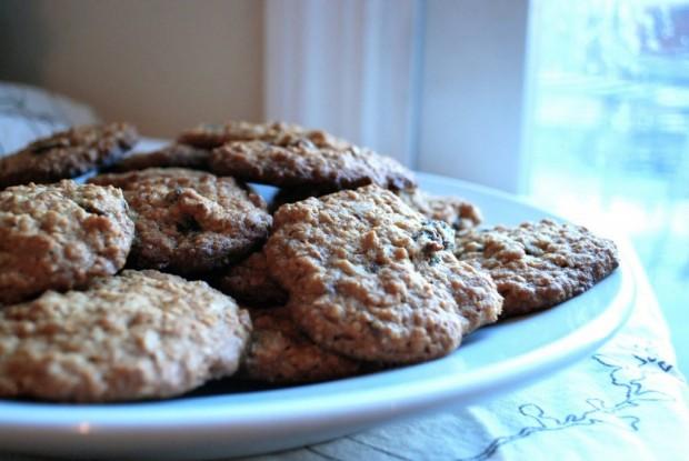 oatmeal cookie plate (1)