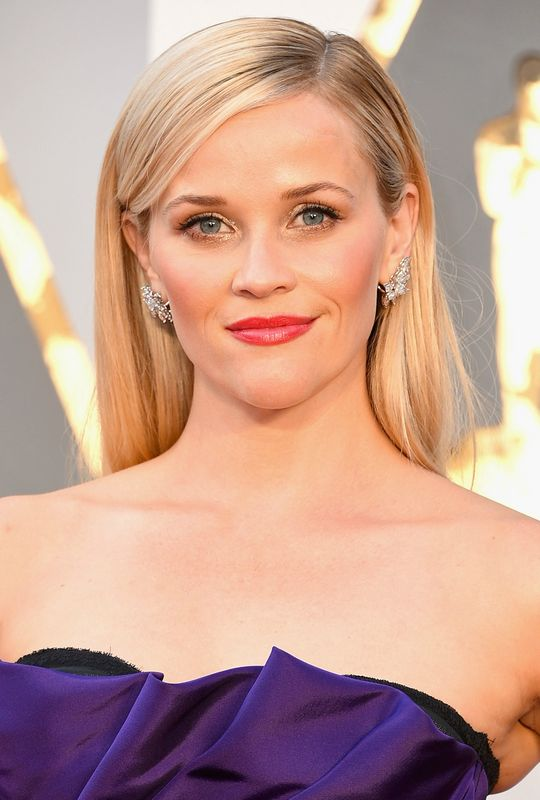 oscars-2016-hair-makeup-reese-witherspoon-w540