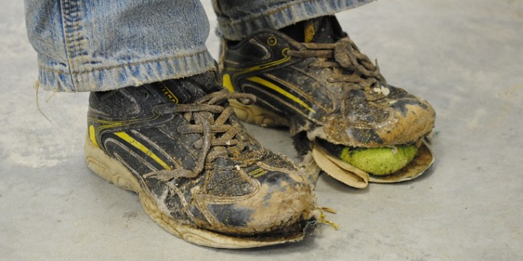 hewitt's shoe falling apart 3_blog