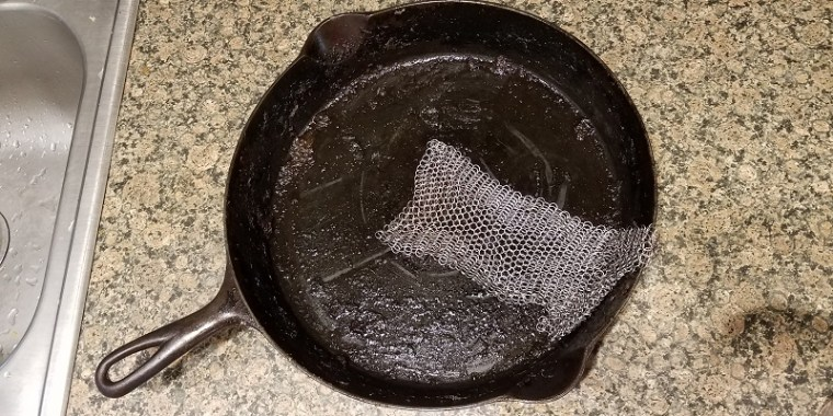 Cast Iron Cleaning Ringer