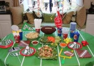 everything-you-need-for-a-fun-football-party-including-free-printables-e1443839477206