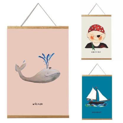 3 nautische posters van 20x30 voor de kinderkamer in ophangsysteem