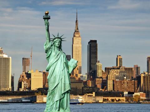 自由の女神(ニューヨーク)